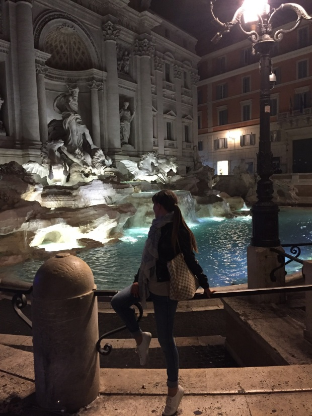 Trevi_night1